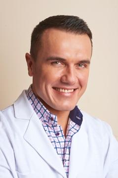 Dr Marcin Wrona